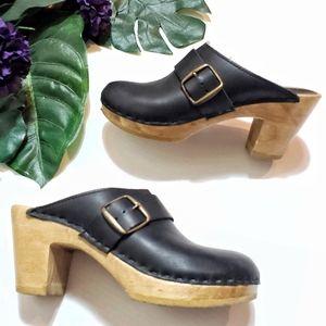 Swedish SVEN Sz 38 Black Leather Large Bronze Buckle Clog Shoes, Rare HTF, US 7